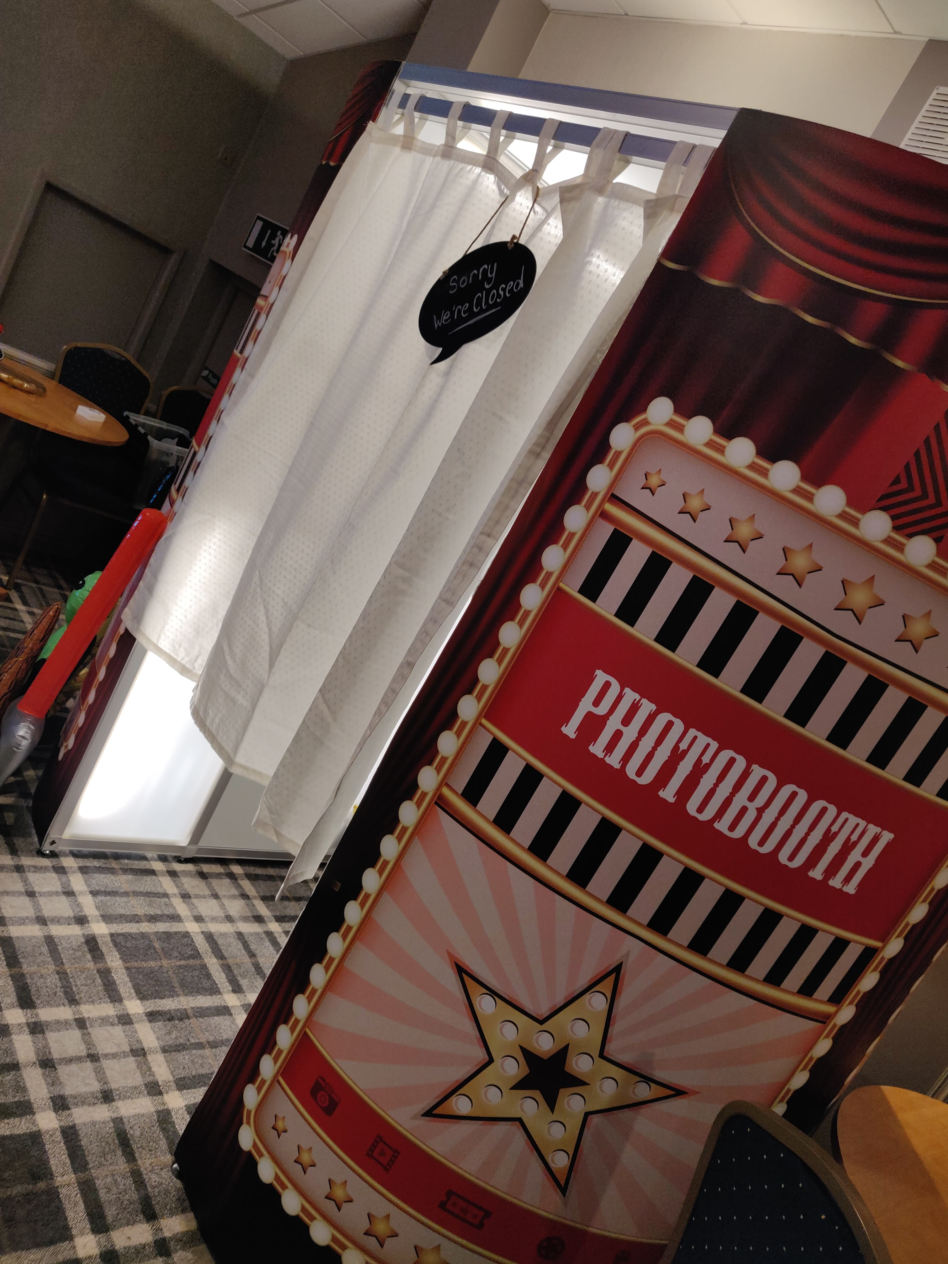 Showbiz Photo Booth